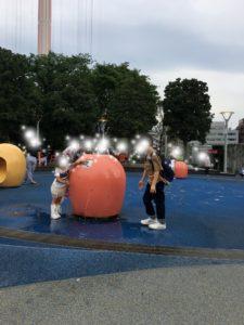 水が引き出す広場