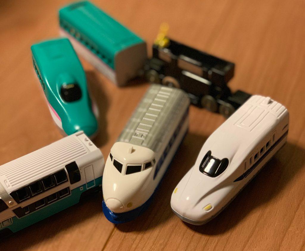 ダイソーの電車